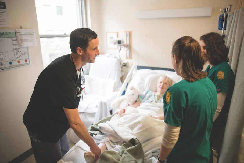 CNHS nurses on rounds at UVM Medical Center