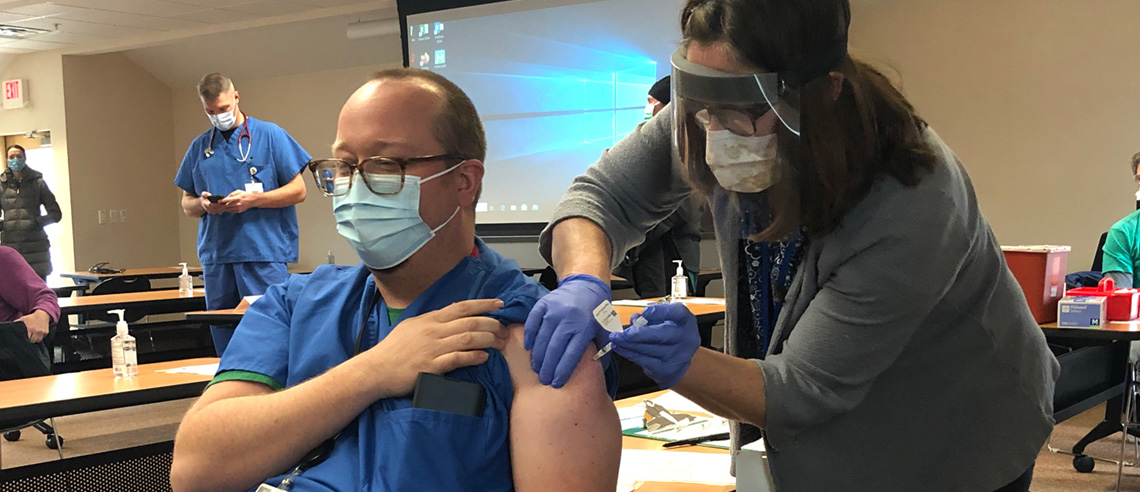 covid-19-slideshow-vaccine-3-pmc-shot